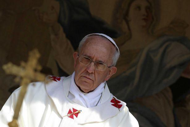 Dinbazların alayı kafayı yedi! Papa: Şeytanın adı soyadı olduğuna eminim!