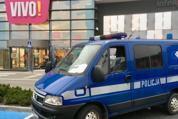 Polonyada bıçaklı saldırı: 1 ölü 8 yaralı
