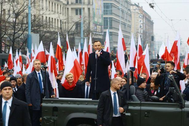 Polonyada Yasaklanan Faşist Gösteri Hükümet Desteğiyle Yapıldı