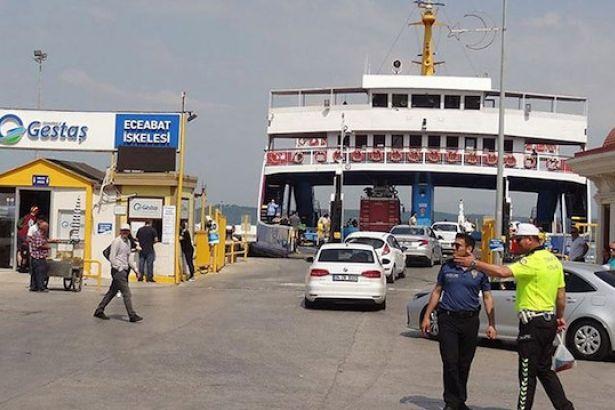Avşa Adası'nda feribot iskeleye çarptı: 4'ü çocuk 7 yaralı