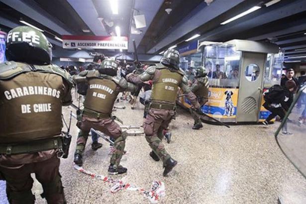 Şili'de 625 kişi gözaltına alındı, iki kişi yaralandı