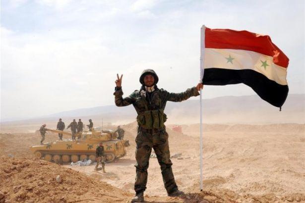 Suriye ordusu Suhna kasabasını IŞİD'den kurtardı