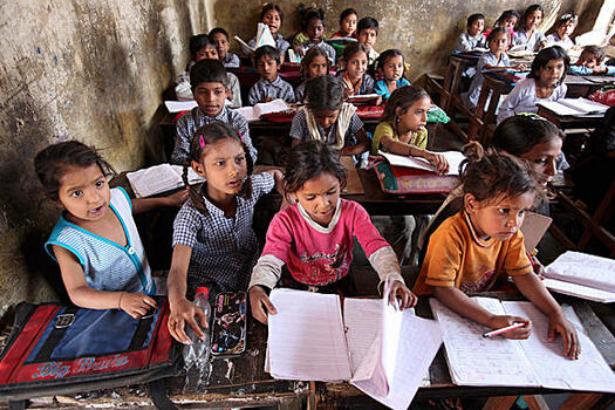 Yoksul hanelerin çocuklarının üçte biri hiç okula gidemiyor